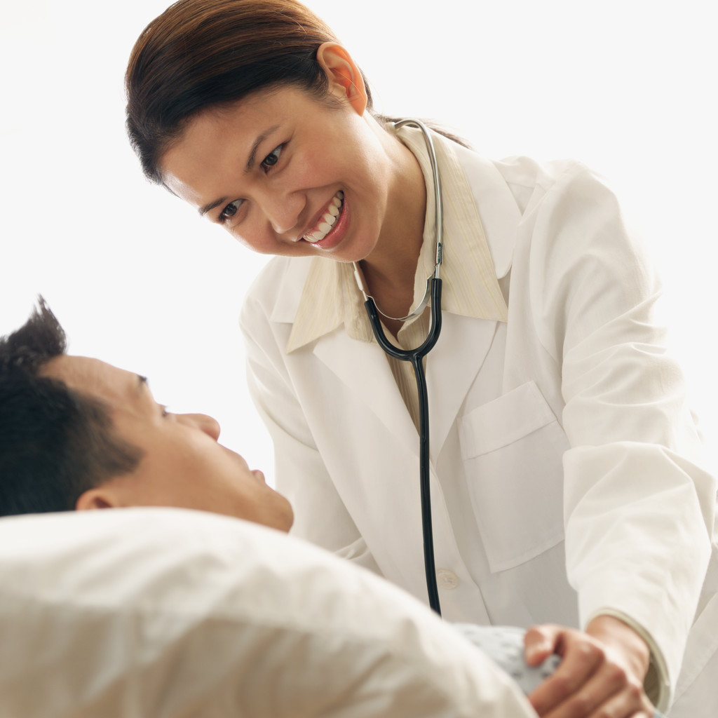How can doctors make money online free