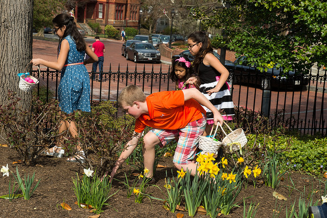 Easter Egg Hunt At The Governor's Mansion