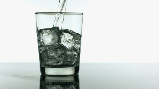 Drink Water for Better Dental Health in the Workplace